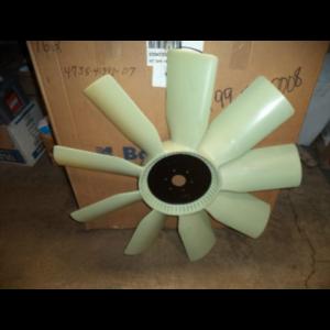 2014 Freightliner Cascadia Detroit DD15 32 Inch Fan Blade 2.5 Inch Pilot 3.5