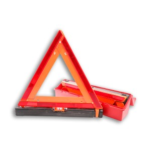 Triangle kit Roadside Safety Brand: Walter Kidde  1005DTS